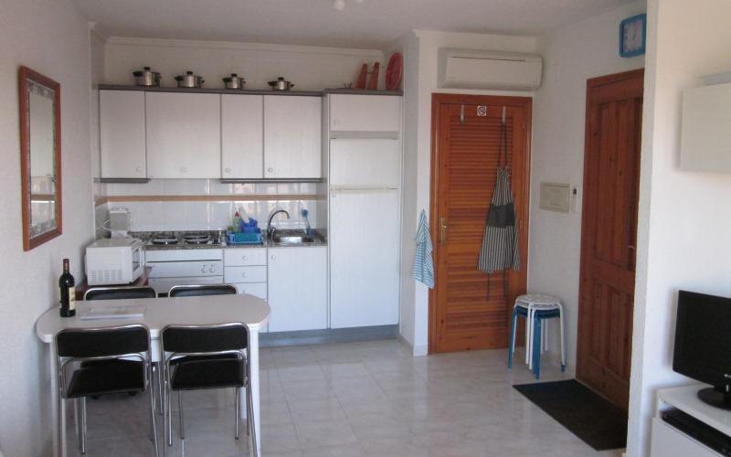 Hébergement - Cuisine et entrée